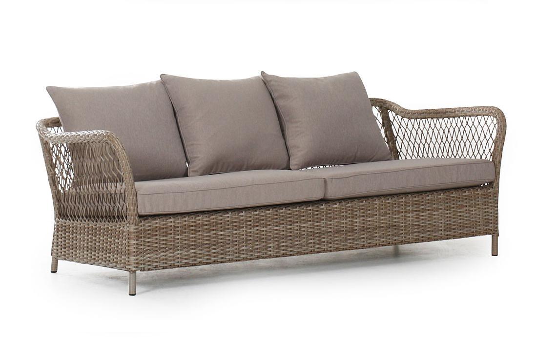 Плетеный диван MapleПлетеная мебель из искусственного ротанга<br>Размер: 191х81 В63<br><br>Артикул: 10623-21<br>Материалы: Искусственный ротанг<br>Каркас: Алюминиевый<br>Полный размер: 191х81 В63<br>Наполнитель: ППУ высокой плотности (Пенополиуретан)<br>Цвет: Ротанг-натуральный, Ткань-бежевая<br>Изготовление и доставка: 2-3 дня<br>Условия доставки: Бесплатная по Москве до подъезда<br>Условие оплаты: Оплата наличными при получении товара<br>Гарантия: 12 месяцев<br>Производство: Швеция<br>Производитель: Brafab