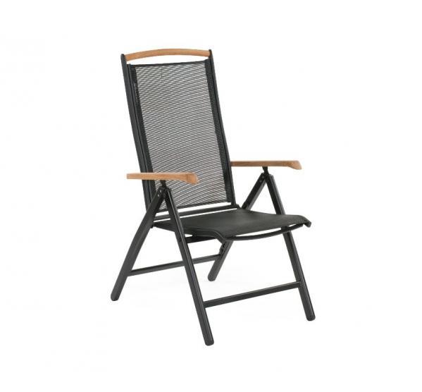 Кресло из алюминия Andy-1Металлическая мебель<br>Размер: 46х46х44 В109<br><br>Артикул: 4770-8-8<br>Механизм: Раскладной<br>Материалы: Алюминий<br>Подлокотники: Массив тика<br>Полный размер: 46х46х44 В109<br>Цвет: Алюминий-черный, Текстилен-черный<br>Изготовление и доставка: 2-3 дня<br>Условия доставки: Бесплатная по Москве до подъезда<br>Условие оплаты: Оплата наличными при получении товара<br>Гарантия: 12 месяцев<br>Производство: Швеция<br>Производитель: Brafab