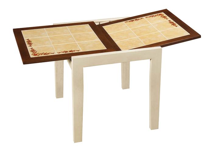 Стол СT 3030 РОбеденные столы<br>Размер: 73(147)73 В75<br><br>Материалы: Массив Гевеи<br>Полный размер (ДхГхВ): 73/147х73х75<br>Вес товара (кг): 36,5<br>Цвет: Тем. орех / Античный белый<br>Примечание: Столешница выполнена из плиты-декорирована цветочным орнаментом<br>Изготовление и доставка: 2-3 дня<br>Условия доставки: Бесплатная по Москве до подъезда<br>Условие оплаты: Оплата наличными при получении товара<br>Доставка по МО (за пределами МКАД): 30 руб./км<br>Подъем на лифте: 500 руб.<br>Гарантия: 12 месяцев<br>Производство: Малайзия