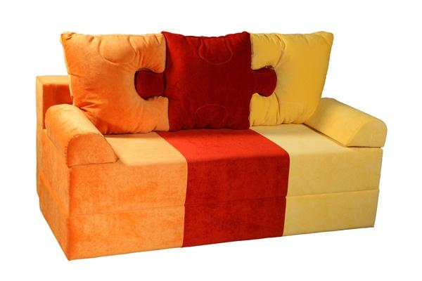 Детский диван ПазлДетские диваны<br>Размер: 152х82 (сп.м. 122х152)<br><br>Механизм: Еврокнижка<br>Каркас: Деревянный<br>Полный размер: 152х82<br>Спальное место: 122х152<br>Наполнитель: ППУ высокой плотности (Пенополиуретан)<br>Комплектация: Ящик для белья, декоративные подушки<br>Ткань: Образец по фото в ткани Velvet lux 61, 74, 72 (велюр, пост-к Союз-М) наличие и стоимость уточняйте у менеджера<br>Примечание: Стоимость указана по минимальной категории ткани<br>Изготовление и доставка: 8-10 дней<br>Условия доставки: Бесплатная по Москве до подъезда<br>Условие оплаты: Оплата наличными при получении товара<br>Подъем на грузовом лифте: 500 руб.<br>Подъем без лифта: 250 руб./этаж включая первый<br>Сборка: 200 руб.<br>Гарантия: 12 месяцев<br>Производство: Россия<br>Производитель: Mebelus