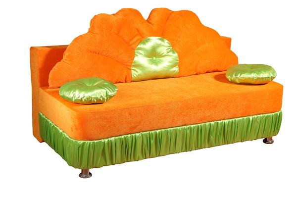 Детский диван РутаДетские диваны<br>Размер: 152х82 (сп.м. 122х152)<br><br>Механизм: Еврокнижка<br>Каркас: Деревянный<br>Полный размер: 152х82<br>Спальное место: 122х152<br>Наполнитель: ППУ высокой плотности (Пенополиуретан)<br>Комплектация: Ящик для белья, декоративные подушки<br>Ткань: Образец по фото в ткани Velvet lux 72, атлас (велюр, пост-к Союз-М) наличие и стоимость уточняйте у менеджера<br>Примечание: Стоимость указана по минимальной категории ткани<br>Изготовление и доставка: 8-10 дней<br>Условия доставки: Бесплатная по Москве до подъезда<br>Условие оплаты: Оплата наличными при получении товара<br>Подъем на грузовом лифте: 500 руб.<br>Подъем без лифта: 250 руб./этаж включая первый<br>Сборка: 200 руб. в день доставки, заказать сборку Вы можете, если у Вас оформлена услуга подъем/занос изделия в помещение<br>Гарантия: 12 месяцев<br>Производство: Россия<br>Производитель: Mebelus