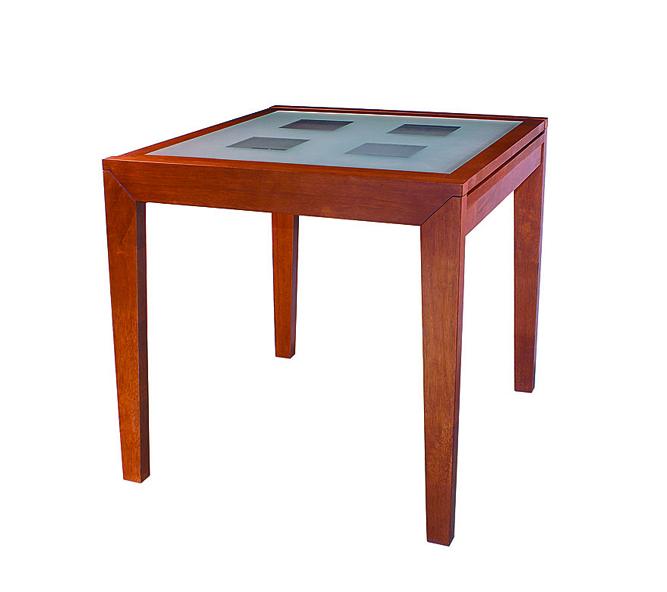 Стол обеденный IM-1092TОбеденные столы<br>Размер: 80(160)х80 В75<br><br>Материалы: Массив Гевеи<br>Полный размер: 80(160)х80 В75<br>Вес товара (кг): 40<br>Цвет: По фото<br>Примечание: Доставляется в разобранном виде<br>Изготовление и доставка: 2-3 дня<br>Условия доставки: Бесплатная по Москве до подъезда<br>Условие оплаты: Оплата наличными при получении товара<br>Подъем на лифте: 300 руб.<br>Гарантия: 12 месяцев<br>Производство: Малайзия