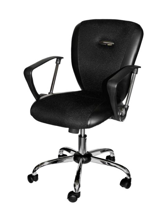 Кресло компьютерное 812 F-3Компьютерные кресла<br>Размер: 62х60 В95(100)<br><br>Материалы: Хромированный металл, ткань, кожа<br>Полный размер (ДхГхВ): 62х60х95(100)<br>Вес товара (кг): 15,6<br>Цвет: Черный, коричневый<br>Примечание: Доставляется в разобранном виде<br>Изготовление и доставка: 2-3 дня<br>Условия доставки: Бесплатная по Москве до подъезда<br>Условие оплаты: Оплата наличными при получении товара<br>Доставка по МО (за пределами МКАД): 30 руб./км<br>Подъем на лифте: 300 руб.<br>Гарантия: 12 месяцев<br>Производство: Китай