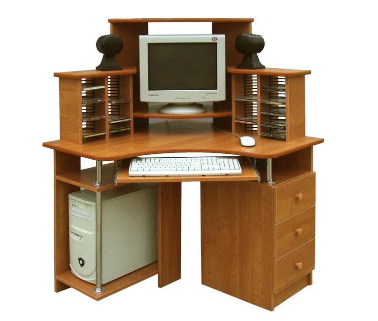 Компьютерный стол Арсенал-3Компьютерные столы<br>Размер: 900/900 В1350<br><br>Материалы: ЛДСП, кромка ПВХ<br>Полный размер (ДхГхВ): 900/900х1350<br>Комплектация: три выдвижных ящика, полка для клавиатуры, полка для системного блока, надстройка над столом и полка для СД<br>Примечание: Доставляется в разобранном виде<br>Изготовление и доставка: 8-10 дней<br>Условия доставки: Бесплатная по Москве до подъезда<br>Условие оплаты: Оплата наличными при получении товара<br>Доставка по МО (за пределами МКАД): 30 руб./км<br>Доставка в пределах ТТК: Доставка в центр Москвы осуществляется ночью, с 22.00 до 6.00 утра<br>Подъем на лифте: 300 руб.<br>Подъем без лифта: 150 руб./этаж<br>Сборка: 1000 руб.<br>Гарантия: 12 месяцев<br>Производство: Россия<br>Производитель: Mebelus