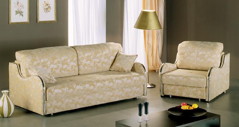 Комплект мягкой мебели ВанильКомплекты мягкой мебели<br>Размер: диван: 208х110 В90 (сп. м. 147х190), кресло: 91х110 В90 (сп. м. 75х224)<br><br>Механизм: Диван - еврокнижка; Кресло - выкатное<br>Материалы: Массив сосны, фанера<br>Каркас: Деревянный<br>Полный размер: 208х110 В90<br>Спальное место: 147х190<br>Размер кресла: 91х110 В90<br>Спальное место кресла: 75х224<br>Наполнитель: ППУ высокой плотности (Пенополиуретан)<br>Комплектация: Ящик для белья, декоративные подушки<br>Дополнительные опции: Цвет молдинга: серебро, золото, бук, орех, ольха, махагон<br>Примечание: Стоимость указана по минимальной категории ткани. Мебель может быть изготовлена в двух исполнениях: СТАНДАТ и ЛЮКС<br>Изготовление и доставка: 5-14 рабочих дней, в зависимости от обивки<br>Условия доставки: Бесплатная по Москве до подъезда<br>Условие оплаты: Оплата наличными при получении товара<br>Доставка по МО (за пределами МКАД): 40 руб./км<br>Доставка в пределах ТТК: Доставка в центр Москвы осуществляется ночью, с 22.00 до 6.00 утра<br>Подъем на грузовом лифте: 1050 руб.<br>Подъем без лифта: На первый этаж 750 руб., выше 550 руб./этаж<br>Сборка: 600 руб.<br>Гарантия: 12 месяцев<br>Производство: Россия<br>Производитель: Фиеста