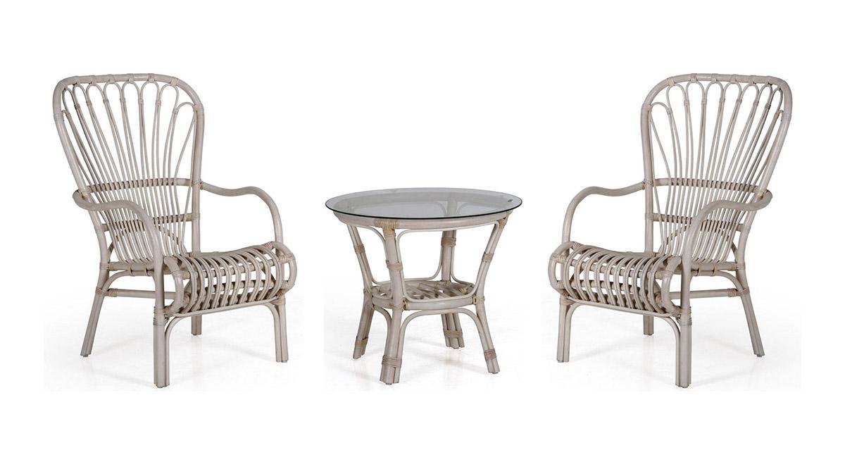 Кофейный комплект Aldorassa &amp; KuborПлетеная мебель из натурального ротанга<br>Кресло 69х78х100; Столик диаметр 60, высота 55<br><br>Артикул: Кресло 5743-55; Столик 5827-55<br>Материалы: Натуральный ротанг, высокопрочное стекло<br>Полный размер: Кресло: 69х78х100; Столик: диаметр 60, высота 55<br>Цвет: Белый, голубой, серый, зеленый<br>Дополнительные опции: Возможно укомплектовать подушками<br>Изготовление и доставка: 2-3 дня<br>Условия доставки: Бесплатная по Москве до подъезда<br>Условие оплаты: Оплата наличными при получении товара<br>Доставка по МО (за пределами МКАД): 30 руб./км<br>Гарантия: 12 месяцев<br>Производство: Швеция<br>Производитель: Brafab