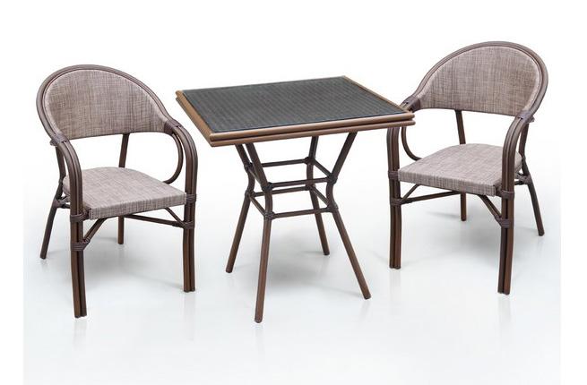 Комплект мебели из искусственного ротанга 2+1 А1016-D2003Плетеная мебель из искусственного ротанга<br>Стол: 70x70 В74, кресло: 57х57 В83<br><br>Артикул: А1016-D2003<br>Материалы: Искусственный ротанг, стекло закаленное - 5 мм, столешница текстилен 4х4<br>Каркас: Алюминий D24/24х1,5 мм с полимерным покрытием<br>Полный размер: Стол: 70x70 В74, кресло: 57х57 В83<br>Комплектация: 1 стол, 2 кресла<br>Цвет: Cappuccino<br>Изготовление и доставка: 2-3 дня<br>Условия доставки: Бесплатная по Москве до подъезда<br>Условие оплаты: Оплата наличными при получении товара<br>Производство: Китай<br>Производитель: Афина Мебель