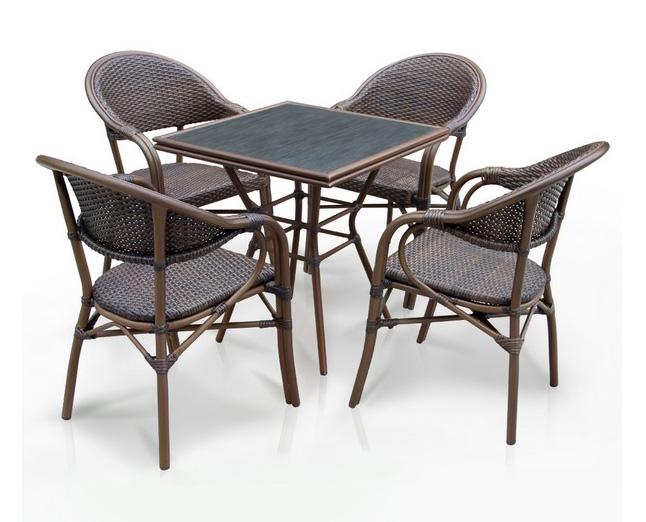 Комплект мебели из искусственного ротанга 4+1 А1016- D2003SRПлетеная мебель из искусственного ротанга<br>Стол: 70x70 В74, кресло: 56х62 В84<br><br>Артикул: А1016- D2003SR<br>Материалы: Искусственный ротанг, стекло закаленное - 5 мм, столешница текстилен 4х4<br>Каркас: Алюминий D28х1,5 мм с полимерным покрытием<br>Полный размер: Стол: 70x70 В74, кресло: 56х62 В84<br>Комплектация: 1 стол, 4 кресла<br>Цвет: Brown<br>Изготовление и доставка: 2-3 дня<br>Условия доставки: Бесплатная по Москве до подъезда<br>Условие оплаты: Оплата наличными при получении товара<br>Производство: Китай<br>Производитель: Афина Мебель