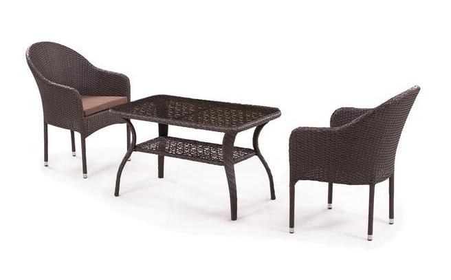 Комплект мебели Джина из искусственного ротанга 2+1 S20B-1-ST20BПлетеная мебель из искусственного ротанга<br>Стол: 98x58 В55, кресло: 58x63 В86<br><br>Артикул: S20B-1-ST20B<br>Материалы: Искусственный ротанг, стекло закаленное - 5 мм<br>Каркас: Сталь<br>Полный размер: Стол: 98x58 В55, кресло: 58x63 В86<br>Комплектация: 1 стол, 2 кресла, подушки<br>Цвет: Brown<br>Изготовление и доставка: 2-3 дня<br>Условия доставки: Бесплатная по Москве до подъезда<br>Условие оплаты: Оплата наличными при получении товара<br>Производство: Китай<br>Производитель: Афина Мебель