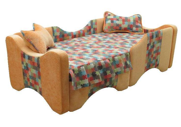 Детская кровать РиккиДетские кровати<br>Размер: 96х207 В66 (сп.м. 87х183)<br><br>Каркас: Металлокаркас с ортопедической решеткой<br>Полный размер (ДхГхВ): 96х207х66<br>Спальное место: 87х183<br>Высота сиденья (см): 46<br>Высота подлокотника (см): 83, толщина 11, длина 91, толщина спинки 4<br>Высота спинки (см): От пола + с подушками 66, от сиденья 20<br>Наполнитель: ППУ высокой плотности (Пенополиуретан)<br>Комплектация: Ящик для белья 84х70х20, (ящиков из белого ДВП + 400 руб.), декоративные подушки<br>Ткань: Ткани, как на фото нет в наличии, доступные варианты см. в категориях ткани!<br>Примечание: Стоимость указана по минимальной категории ткани<br>Изготовление и доставка: 8-10 дней<br>Условия доставки: Бесплатная по Москве до подъезда<br>Условие оплаты: Оплата наличными при получении товара<br>Доставка по МО (за пределами МКАД): 30 руб./км<br>Доставка в пределах ТТК: Доставка в центр Москвы осуществляется ночью, с 22.00 до 6.00 утра<br>Подъем на грузовом лифте: 500 руб.<br>Подъем без лифта: 250 руб./этаж включая первый<br>Сборка: 300 руб. в день доставки, заказать сборку Вы можете, если у Вас оформлена услуга подъем/занос изделия в помещение<br>Гарантия: 12 месяцев<br>Производство: Россия<br>Производитель: Утин