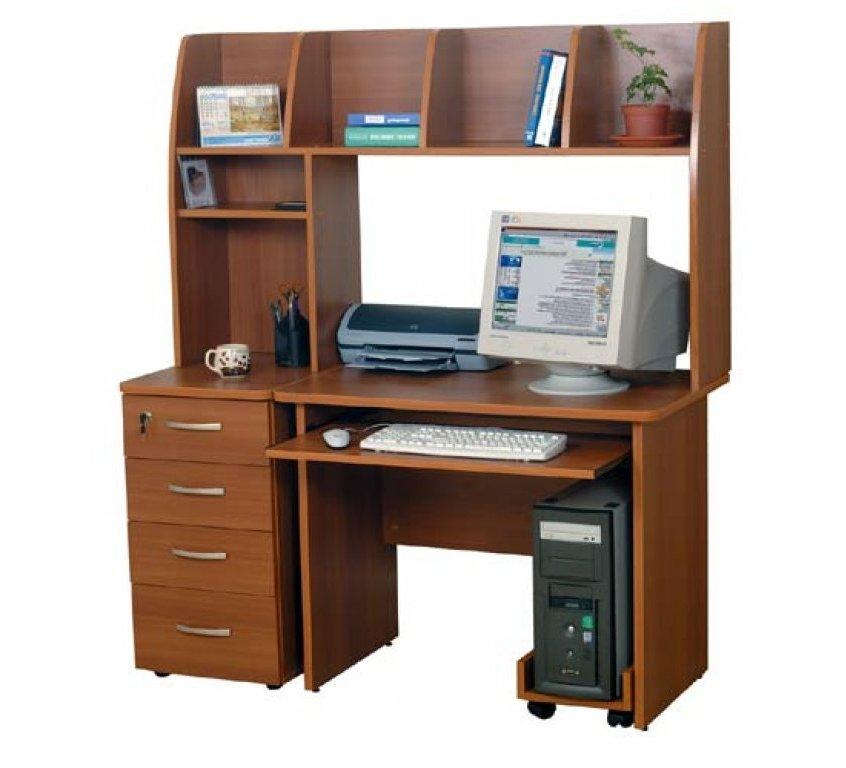 Компьютерный стол Пентиум-4Компьютерные столы<br>Размер: 1200х600 В1500<br><br>Материалы: ЛДСП, кромка ПВХ<br>Полный размер (ДхГхВ): 1200х600х1500<br>Доступны другие размеры: Нет<br>Примечание: Доставляется в разобранном виде<br>Изготовление и доставка: 8-10 дней<br>Условия доставки: Бесплатная по Москве до подъезда<br>Условие оплаты: Оплата наличными при получении товара<br>Доставка по МО (за пределами МКАД): 30 руб./км<br>Доставка в пределах ТТК: Доставка в центр Москвы осуществляется ночью, с 22.00 до 6.00 утра<br>Подъем на лифте: 300 руб.<br>Подъем без лифта: 150 руб./этаж, включая первый<br>Сборка: 1000 руб.<br>Гарантия: 12 месяцев<br>Производство: Россия<br>Производитель: Mebelus