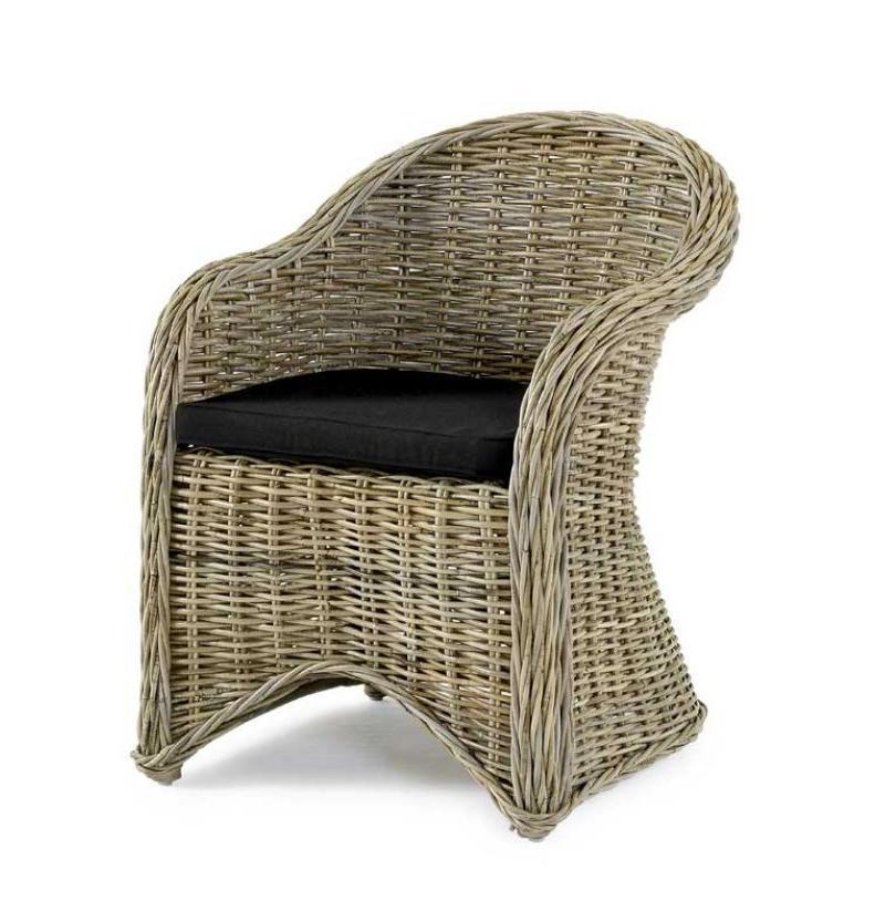 Плетеное кресло из ротанга Lorna