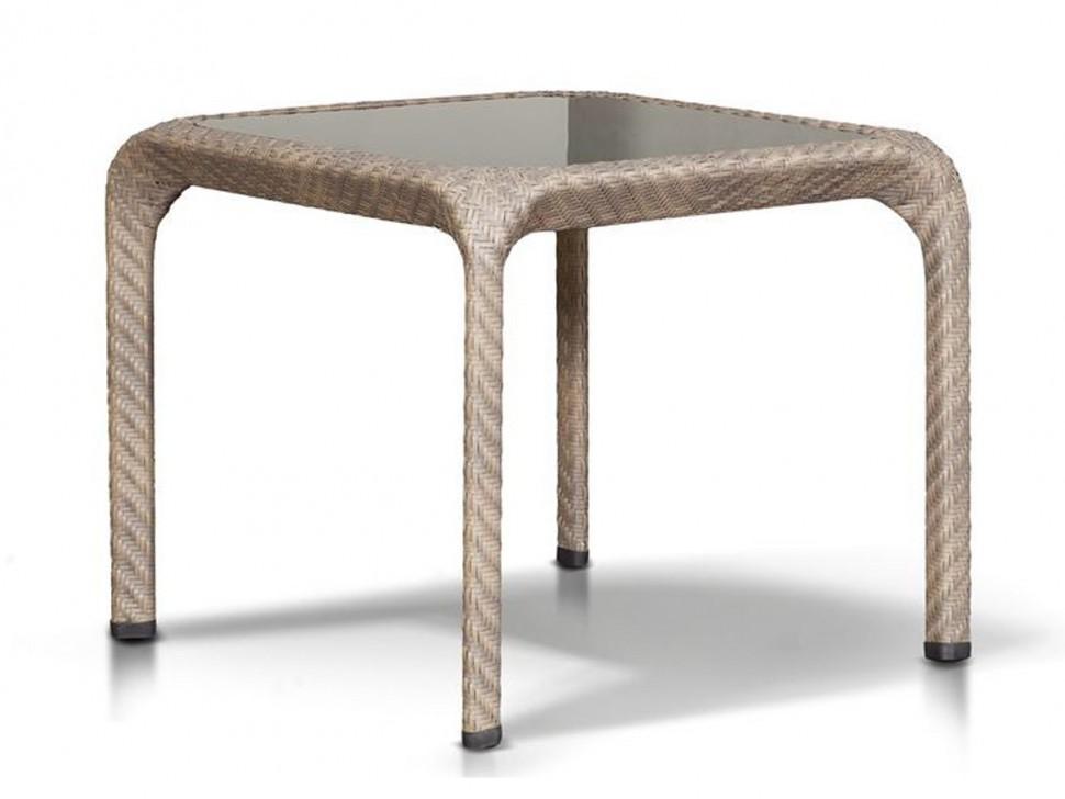 Стол из ротанга ОрлеанПлетеная мебель из искусственного ротанга<br>Размер: 90х90 В76<br><br>Артикул: 201173<br>Материалы: Искусственный ротанг, стекло закаленное<br>Каркас: Алюминий<br>Полный размер (ДхГхВ): 90х90 В76<br>Цвет: Серо-коричневый<br>Изготовление и доставка: 2-3 дня<br>Условия доставки: Бесплатная по Москве до подъезда<br>Условие оплаты: Оплата наличными при получении товара<br>Производство: Китай<br>Производитель: 4sis