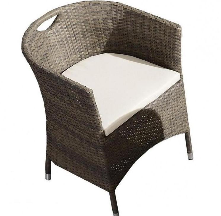 Плетеное кресло ПратоПлетеная мебель из искусственного ротанга<br>Размер: 57х55 В70<br><br>Артикул: 652671<br>Материалы: Искусственный ротанг<br>Каркас: Алюминий<br>Полный размер (ДхГхВ): 57х55 В70<br>Комплектация: Кресло, подушка<br>Цвет: Серо-коричневый<br>Изготовление и доставка: 2-3 дня<br>Условия доставки: Бесплатная по Москве до подъезда<br>Условие оплаты: Оплата наличными при получении товара<br>Производство: Китай<br>Производитель: 4sis