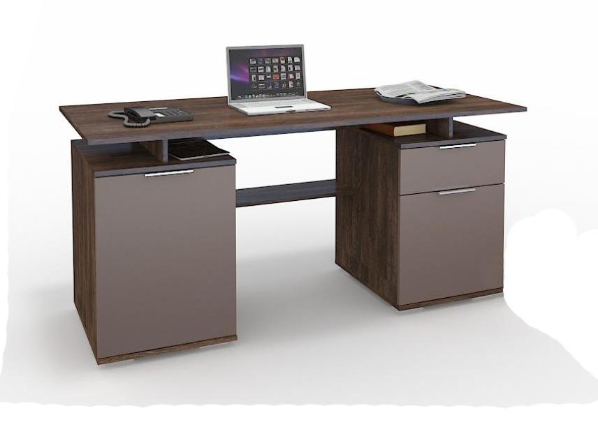 Письменный стол БоссКомпьютерные столы<br>Размер: 1600х750х700<br><br>Материалы: ЛДСП Kronospan - 16 мм., фасад МДФ, кромка ПВХ - 0,4 мм.<br>Полный размер (ДхВхГ): 1600х750х700<br>Примечание: Доставляется в разобранном виде<br>Изготовление и доставка: 10-14 дней<br>Условия доставки: Бесплатная по Москве до подъезда<br>Условие оплаты: Оплата наличными при получении товара<br>Доставка по МО (за пределами МКАД): 30 руб./км<br>Доставка в пределах ТТК: Доставка в центр Москвы осуществляется ночью, с 22.00 до 6.00 утра<br>Подъем на лифте: 300 руб.<br>Подъем без лифта: 150 руб./этаж<br>Сборка: 1000 руб.<br>Гарантия: 12 месяцев<br>Производство: Россия<br>Производитель: Grey