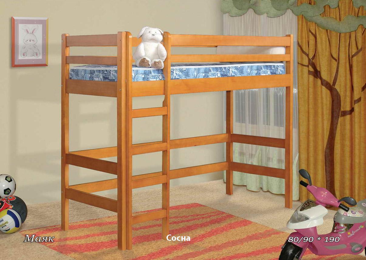 Деревянная кровать Маяк