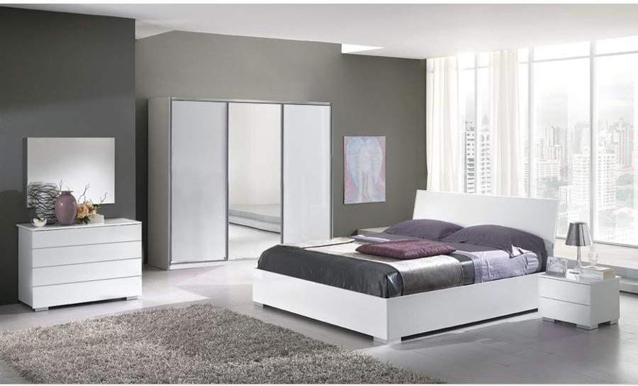 Спальня Теона