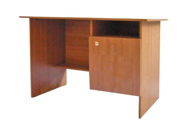 Письменный стол с дверкой — Стол письменный с дверкой
